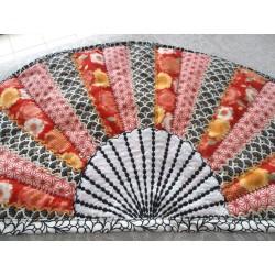 Eventail quilting style japonais, tons rouge et noir