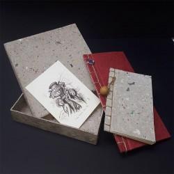 Tamis de pâte à papier et incrustations de feuilles